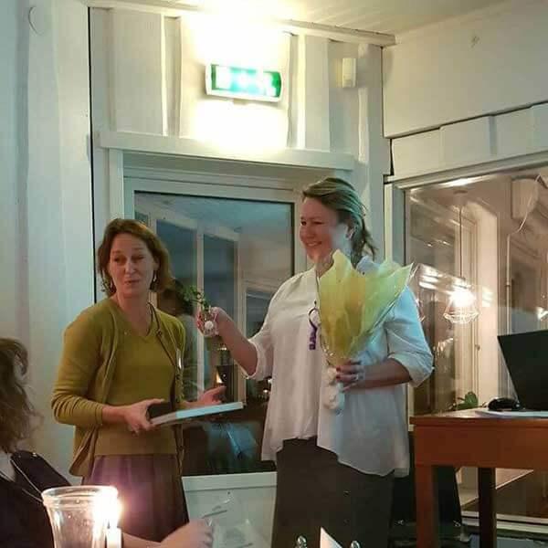 Årets Freija 2018 Helena Krön tillsammans med ordförande Carina Fredlund